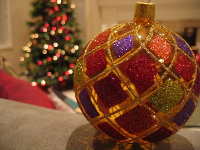 Christmas bauble Regala un curso, no te costará nada